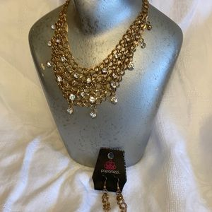 Paparazzi chain link necklace & earrings
